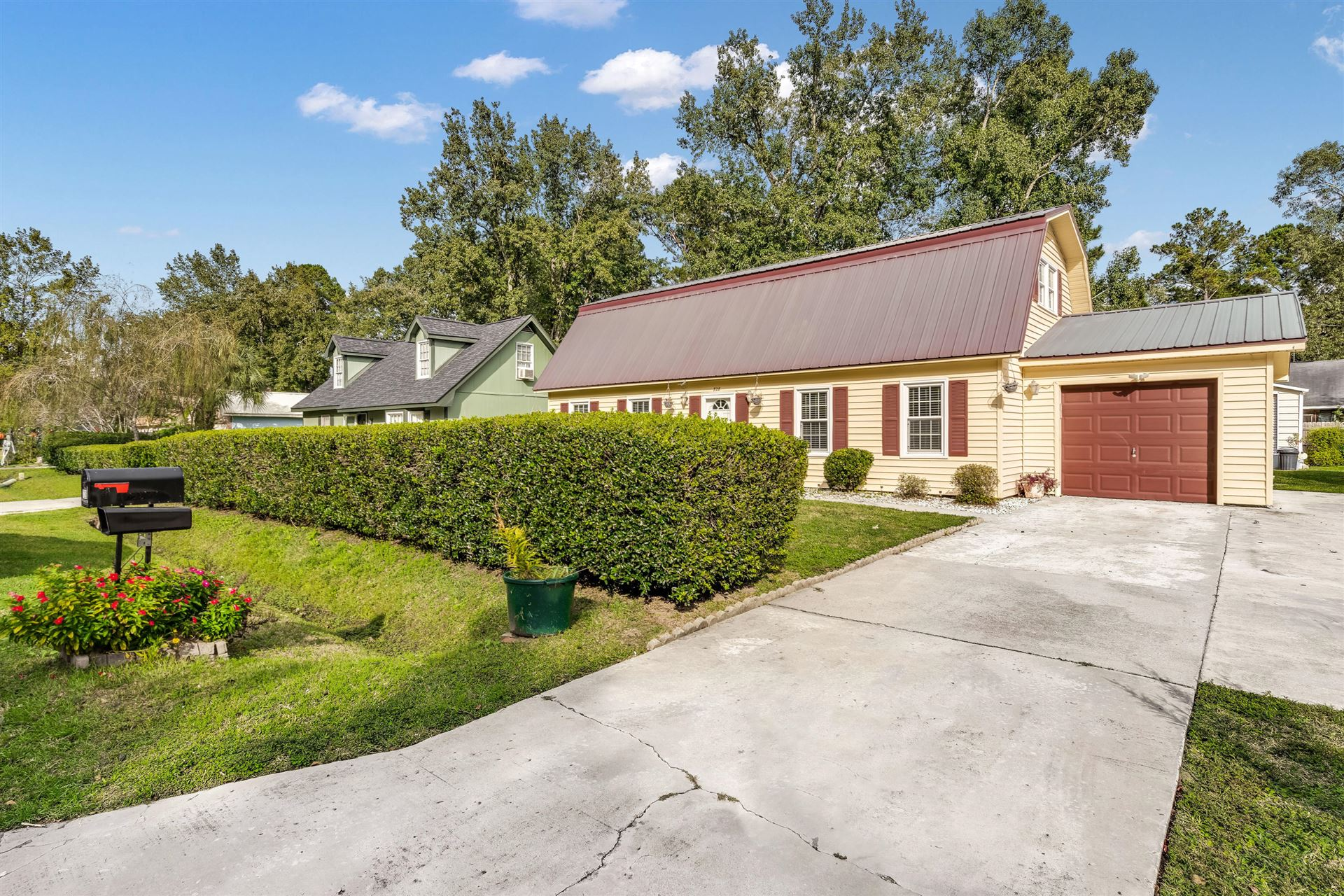 728 Corral Drive, Charleston, SC 29414 - MLS#: 20028732