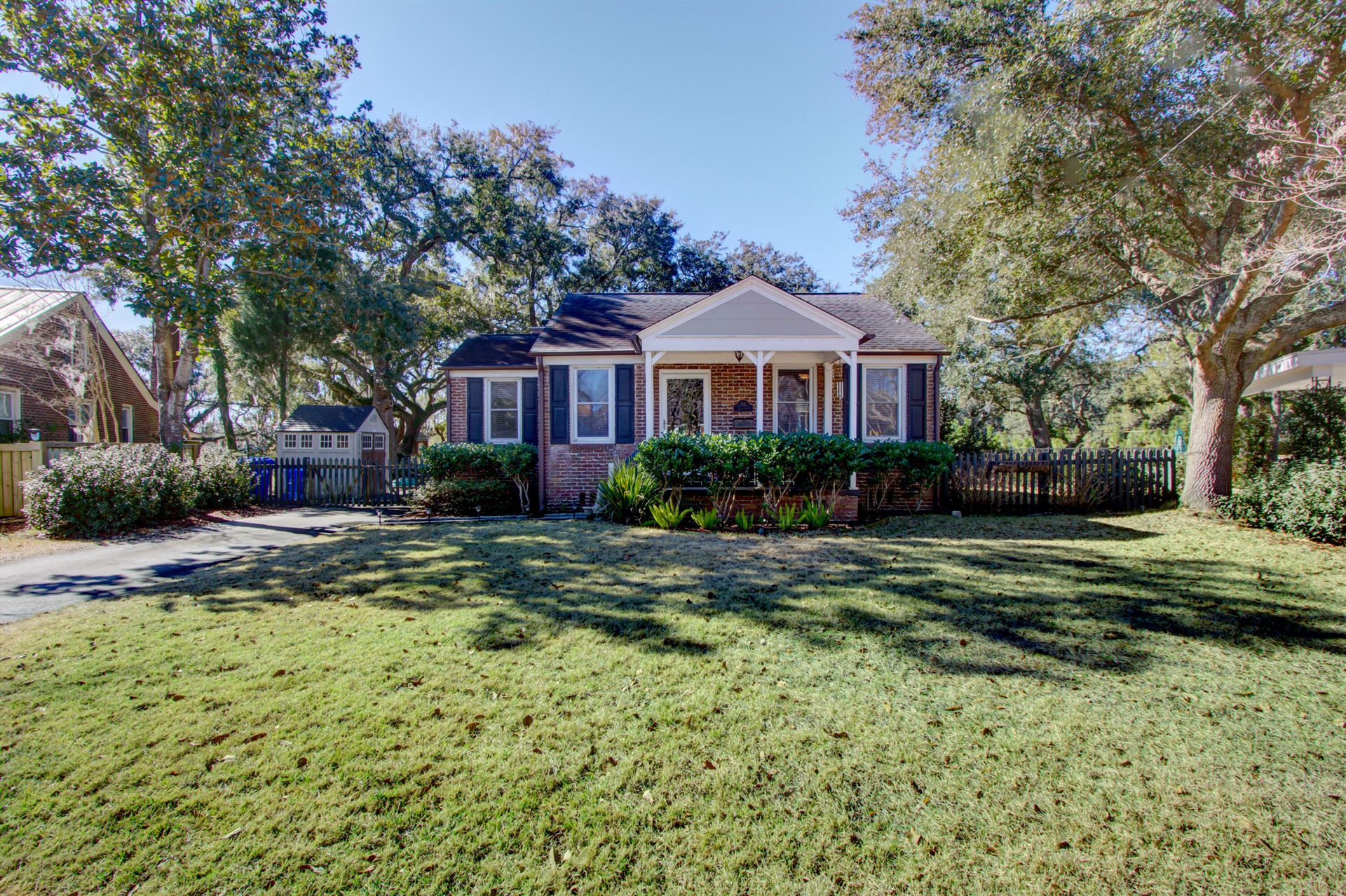 Photo of 50 Colleton Drive, Charleston, SC 29407 (MLS # 21004784)