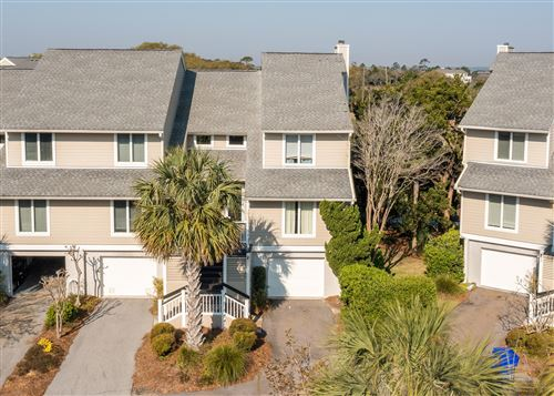 Photo of 21 Linkside Court, Isle of Palms, SC 29451 (MLS # 21010821)