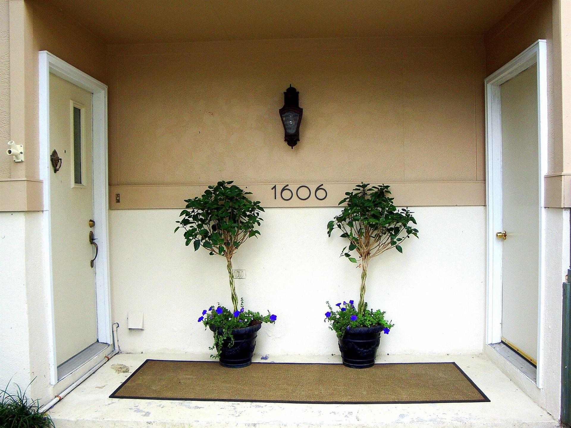Photo of 1606 Ventura Place, Mount Pleasant, SC 29464 (MLS # 21004832)