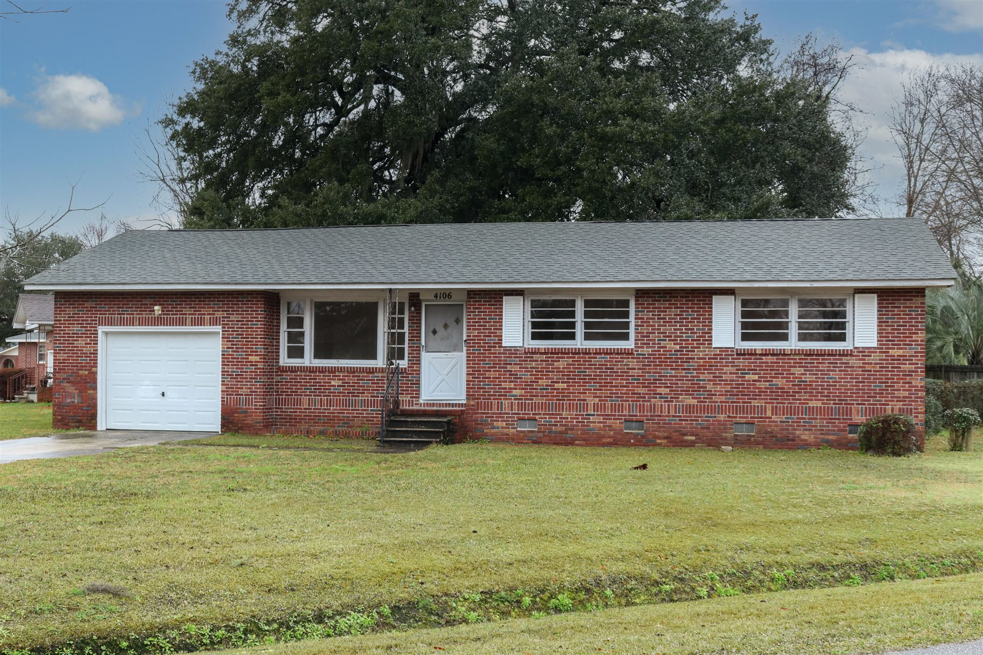 Photo of 4106 Olivia Drive, North Charleston, SC 29418 (MLS # 21004833)