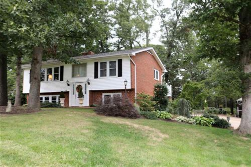 Photo of 356 HERMITAGE RD, STAUNTON, VA 24401 (MLS # 609004)