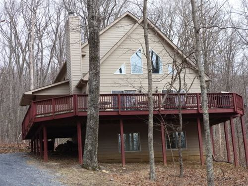 Photo of 19 CHESTNUT LN, WINTERGREEN RESORT, VA 22967 (MLS # 600234)