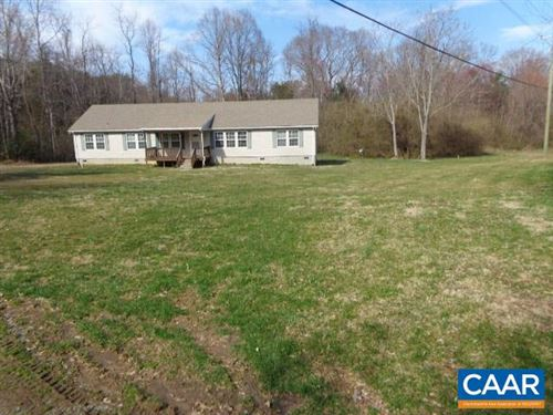 Photo of 727 CUNNINGHAM RD, PALMYRA, VA 22963 (MLS # 593341)