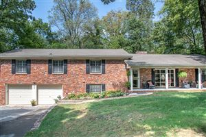 Photo of 609 S Palisades Dr, Signal Mountain, TN 37377 (MLS # 1307021)