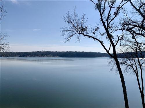 Photo of 4320 Lakeshore Ln #302, Chattanooga, TN 37415 (MLS # 1331085)