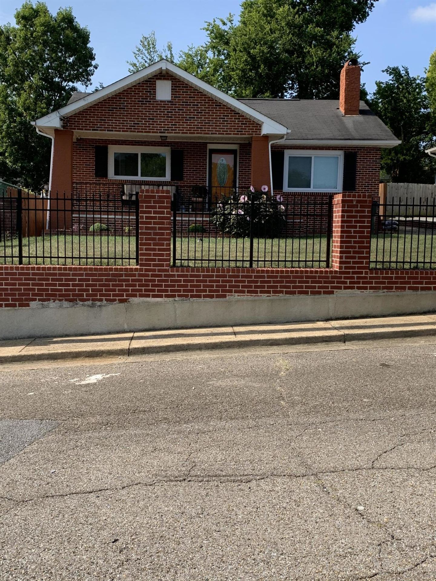 1906 E 4th St, Chattanooga, TN 37404 - #: 1324222