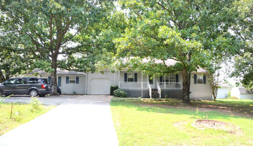325 Lake Forest Dr, Spring City, TN 37381 - #: 1340382