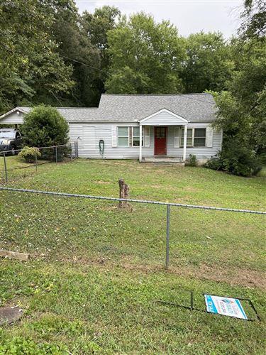 Photo of 422 Jenkins Rd, Rossville, GA 30741 (MLS # 1343417)