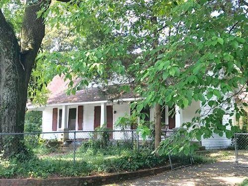 Photo of 190 NW Congress St, Summerville, GA 30747 (MLS # 1343507)