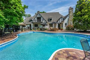 Photo of 334 S Crest Rd, Chattanooga, TN 37404 (MLS # 1299591)