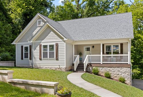 Photo of 303 Red Oak Dr, Chattanooga, TN 37415 (MLS # 1320746)