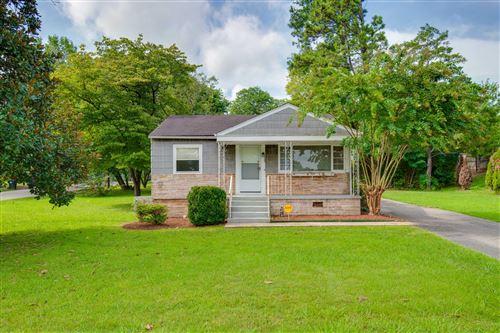 Photo of 6522 Shallowford Rd, Chattanooga, TN 37421 (MLS # 1329784)