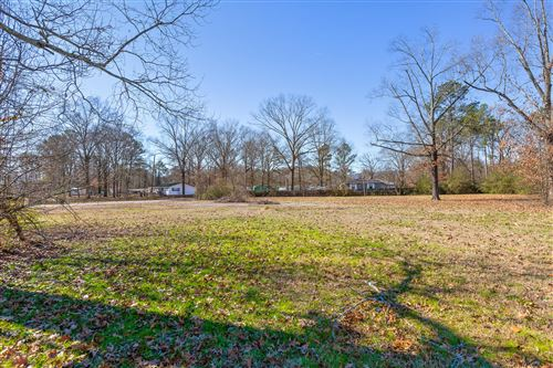 Photo of 1423 Happy Valley Rd, Rossville, GA 30741 (MLS # 1311848)