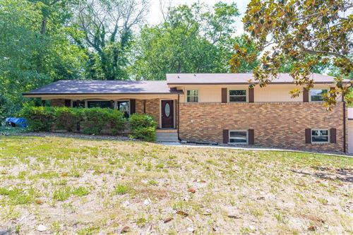 Photo of 2317 Gale Ln, Chattanooga, TN 37421 (MLS # 1337900)