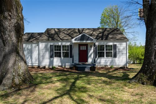 Photo of 6627 Hilton Dr, Chattanooga, TN 37412 (MLS # 1315979)