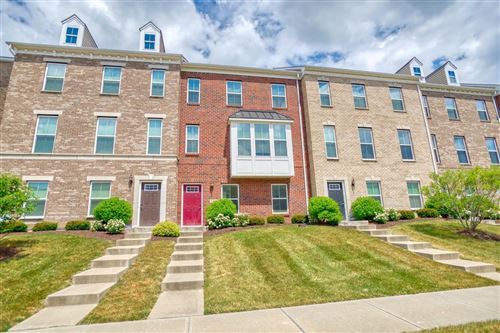 Photo of 9560 Cobblestone Walk, West Chester, OH 45069 (MLS # 1667051)