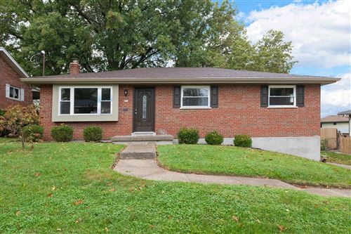 Photo of 281 Centerview Drive, Delhi Township, OH 45238 (MLS # 1720091)