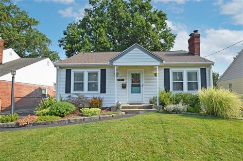 Photo of 6408 Evelyn Drive, Anderson Township, OH 45230 (MLS # 1718114)