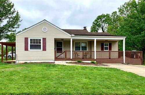 Photo of 5903 Northglen Road, Green Township, OH 45248 (MLS # 1662131)