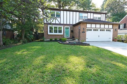 Photo of 6735 Wooster Pike, Mariemont, OH 45227 (MLS # 1718158)