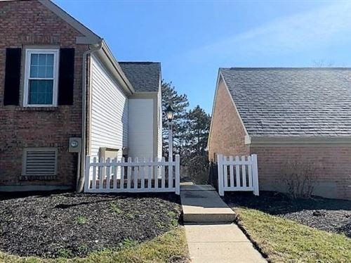 Photo of 8 Cogswell Grant, Fairfield, OH 45014 (MLS # 1692260)