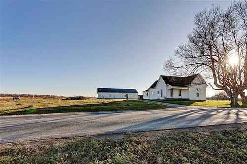 Photo of 11810 Petersburg Road, Paint Township, OH 45133 (MLS # 1646316)
