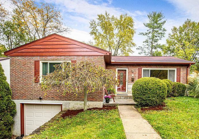 70 Cromwell Road, Greenhills, OH 45218 - #: 1681399