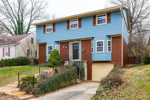 Photo of 7129 Wallace Avenue, Madeira, OH 45243 (MLS # 1659451)