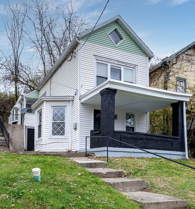 1911 Grand Avenue, Cincinnati, OH 45214 - #: 1684565