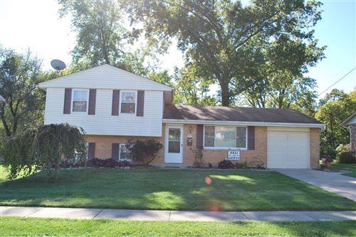 Photo of 4479 Cloverhill Terrace, Cincinnati, OH 45238 (MLS # 1719682)