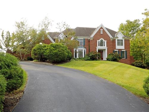 Photo of 4940 Taft Place, Indian Hill, OH 45243 (MLS # 1649737)