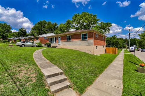 Photo of 320 Riddle Road, Woodlawn, OH 45215 (MLS # 1668745)