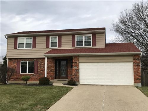 Photo of 1024 Hearthstone Drive, Springfield Township, OH 45231 (MLS # 1646771)
