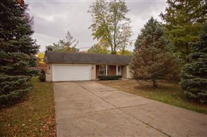 Photo of 7817 Columbia Avenue, Sycamore Township, OH 45249 (MLS # 1642838)
