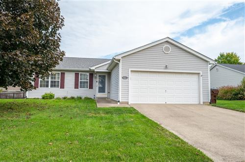 Photo of 430 Crossbow Drive, Maineville, OH 45039 (MLS # 1718866)