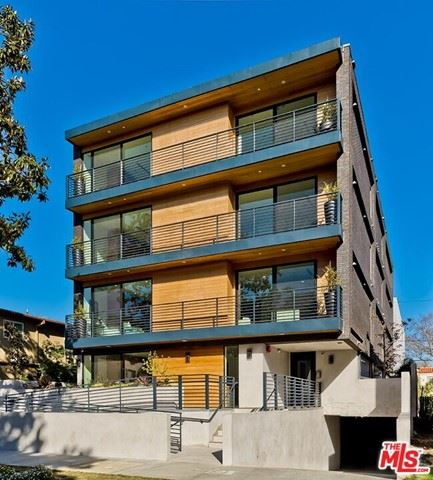 Photo of 820 S Sherbourne Drive #201, Los Angeles, CA 90035 (MLS # 21750024)