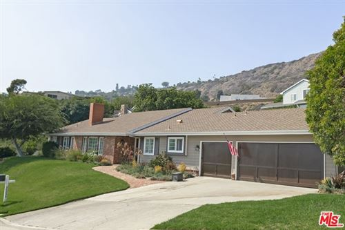 Photo of 20235 Piedra Chica Road, Malibu, CA 90265 (MLS # 21784140)