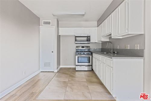 Photo of 820 S St Andrews Place #303, Los Angeles, CA 90005 (MLS # 21720222)