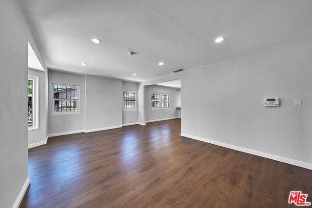 1050 S Bronson Avenue, Los Angeles, CA 90019 - MLS#: 21769240