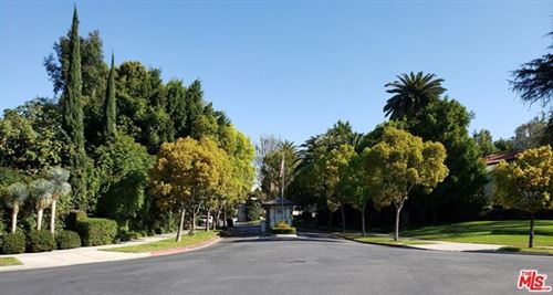 Photo of 69 FREMONT Place, Los Angeles, CA 90005 (MLS # 21711432)