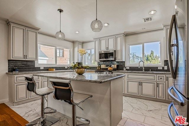1056 S St Andrews Place, Los Angeles, CA 90019 - MLS#: 21726930