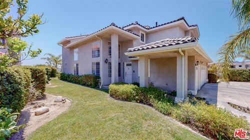 Photo of 19940 Mariposa Creek Way, Northridge, CA 91326 (MLS # 21750934)