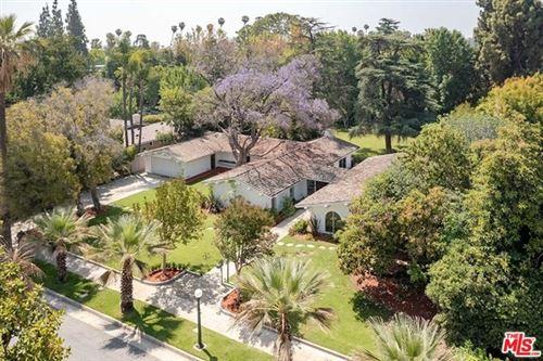 Photo of 360 Waverly Drive, Pasadena, CA 91105 (MLS # 21750970)