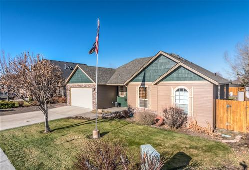 Photo of 2121 NW Quince Place, Redmond, OR 97756 (MLS # 220113008)