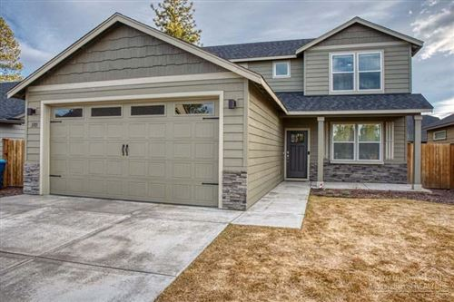 Photo of 1185 W Hill Avenue, Sisters, OR 97759 (MLS # 202001011)