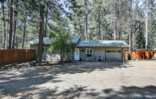 Photo of 19130 Choctaw Road, Bend, OR 97702 (MLS # 220104018)