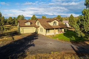 Photo of 11065 NW Quail Road, Terrebonne, OR 97760 (MLS # 201909021)