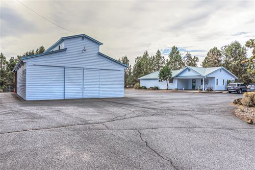 Photo of 60885 SE 27th Street, Bend, OR 97702 (MLS # 220133025)