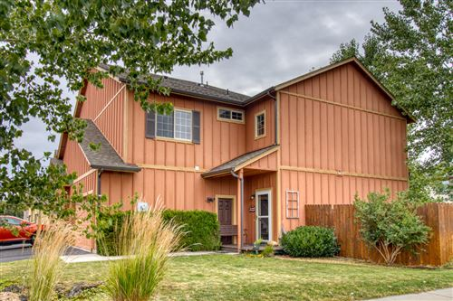 Photo of 3094 SW Antler Lane, Redmond, OR 97756 (MLS # 220107030)